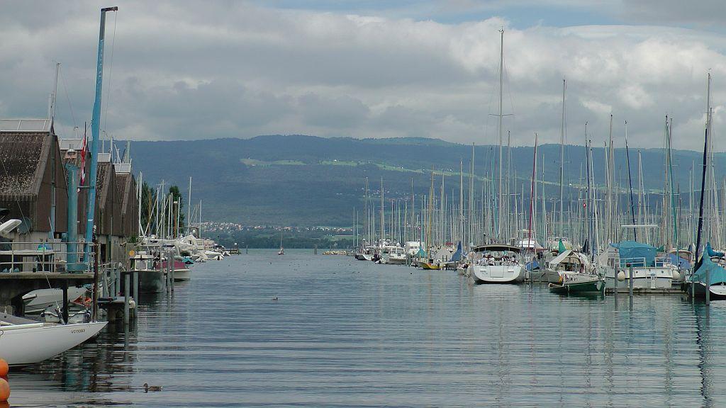Hafenausfahrt Chevroux
