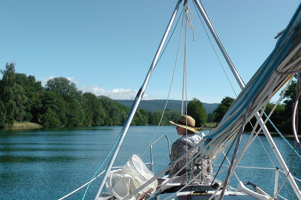 Im Kanal zum Neuenburger See